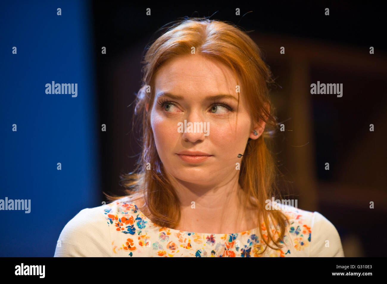 Eleanor Tomlinson who played Demelza Poldark in the 2015 BBC production of Poldark speaking on stage at Hay Festival - Stock Image