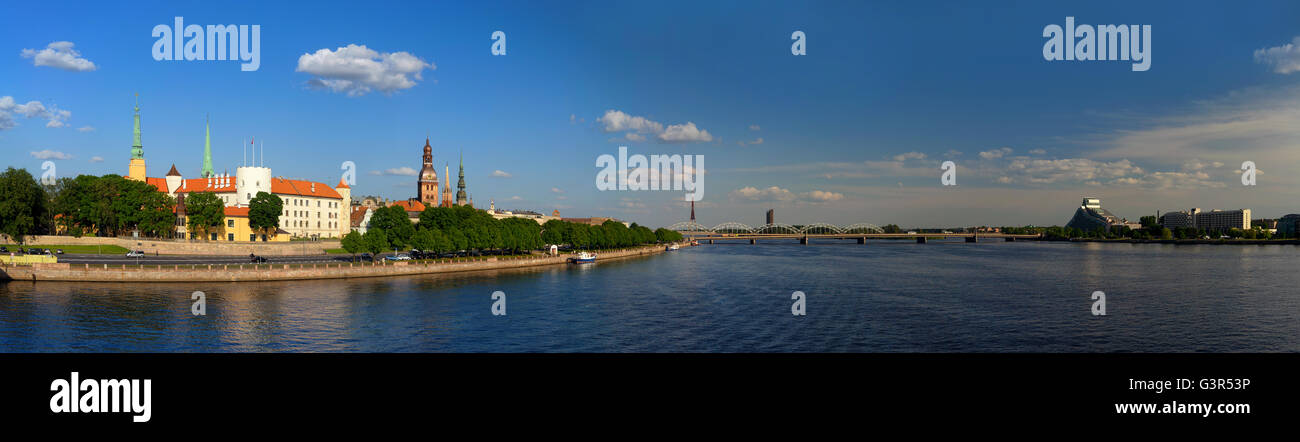 Panorama of Riga to the Presidential Palace and the knowledge of the Latvian National Library on the banks of the - Stock Image