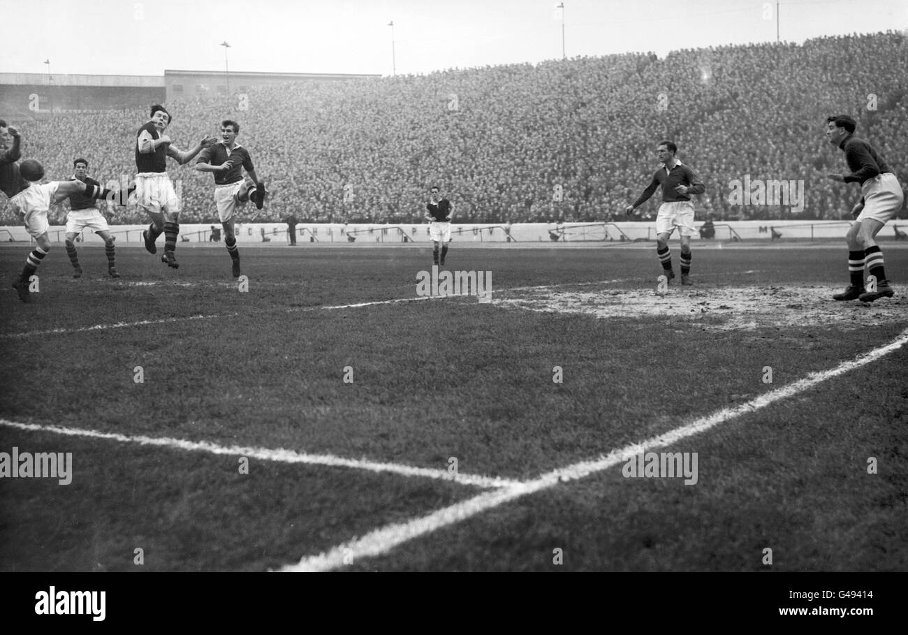 Soccer - League Division One - Chelsea v Burnley - Stamford Bridge - Stock Image