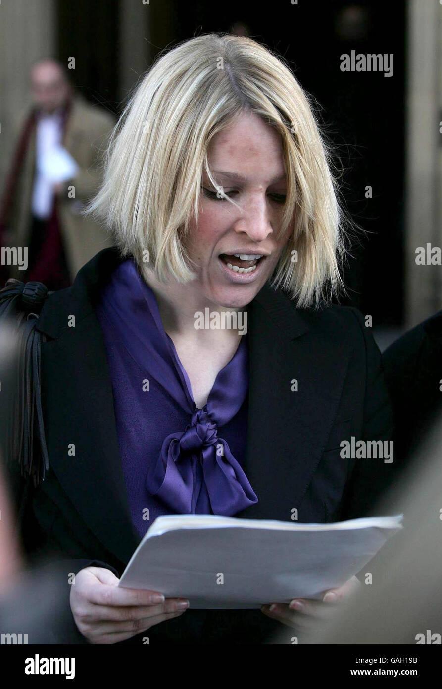 Women wins right to sue Lotto rapist - Stock Image