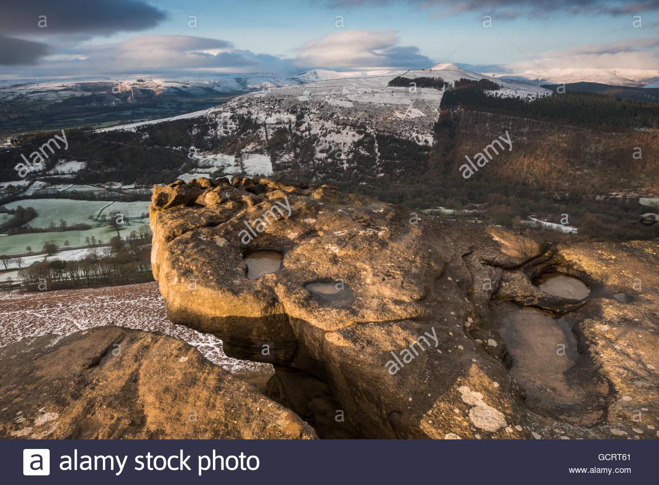 Bamford Edge Snowy Sunrise - Stock Image