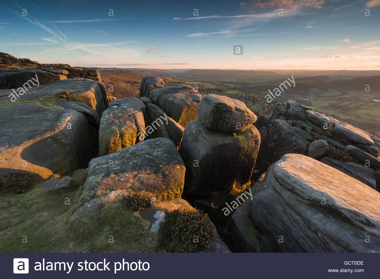 Gritstone formations on Froggatt Edge - Stock Image