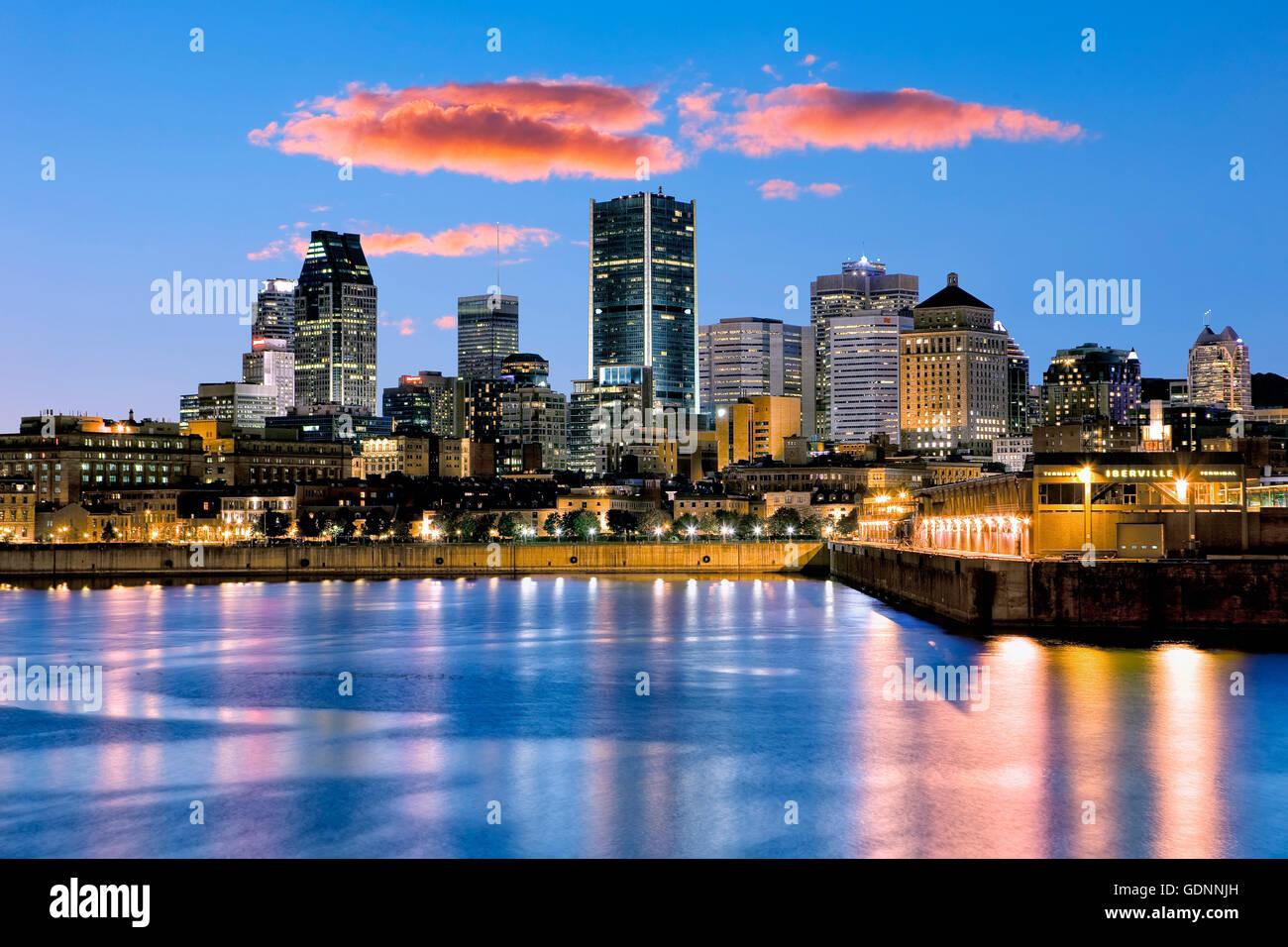 Montreal  skyline at night - Stock Image