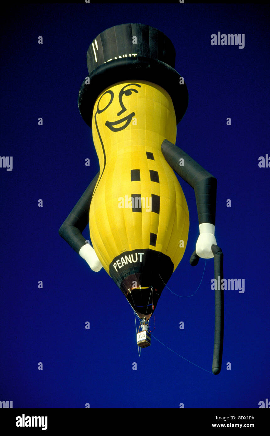 Planter S Mr Peanut Special Shape Hot Air Balloon At The