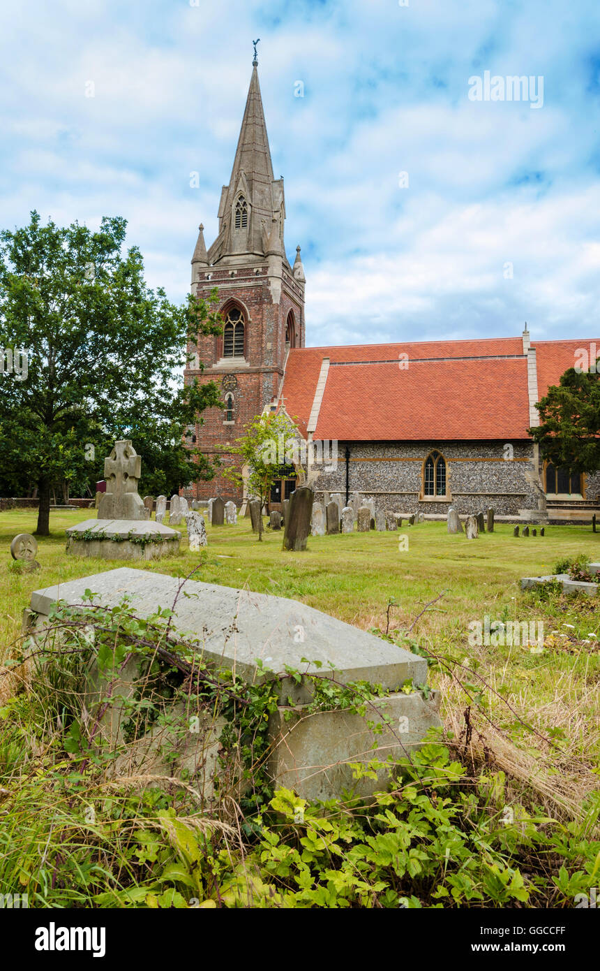 st-micahels-church-in-tilehurst-reading-GGCCFF.jpg