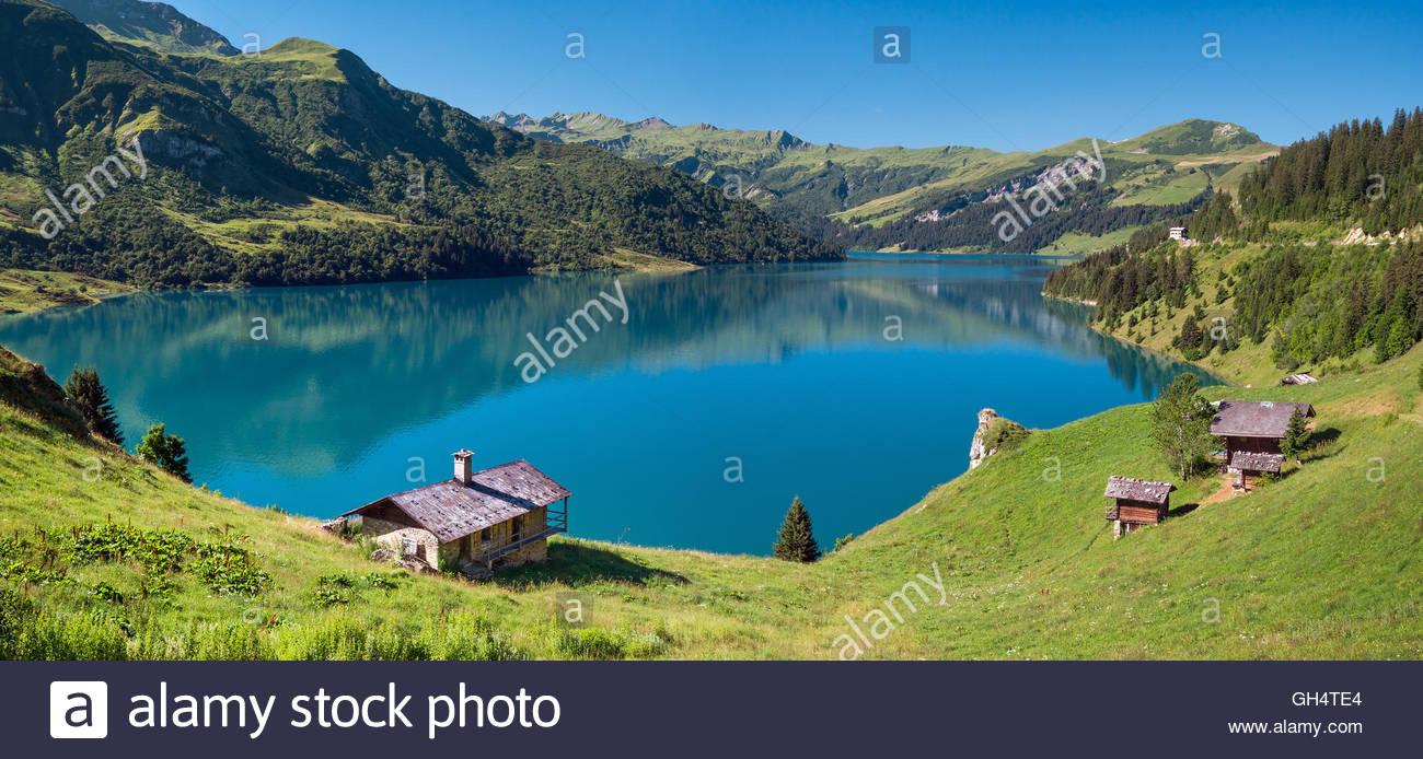 roselend-lake-near-beaufort-in-savoie-fr
