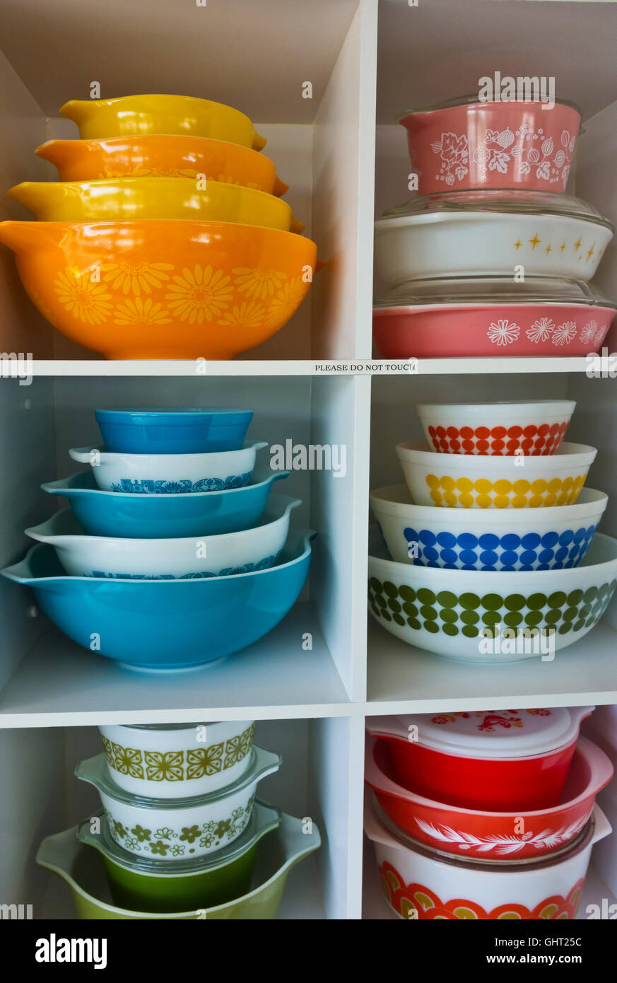 colourful-collection-of-vintage-corningware-bowls-on-display-on-a-GHT25C.jpg