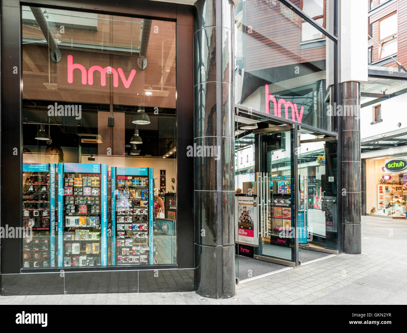 HMV Retail Outlet, Exeter City Centre, Devon Stock Photo: 115404011 ...
