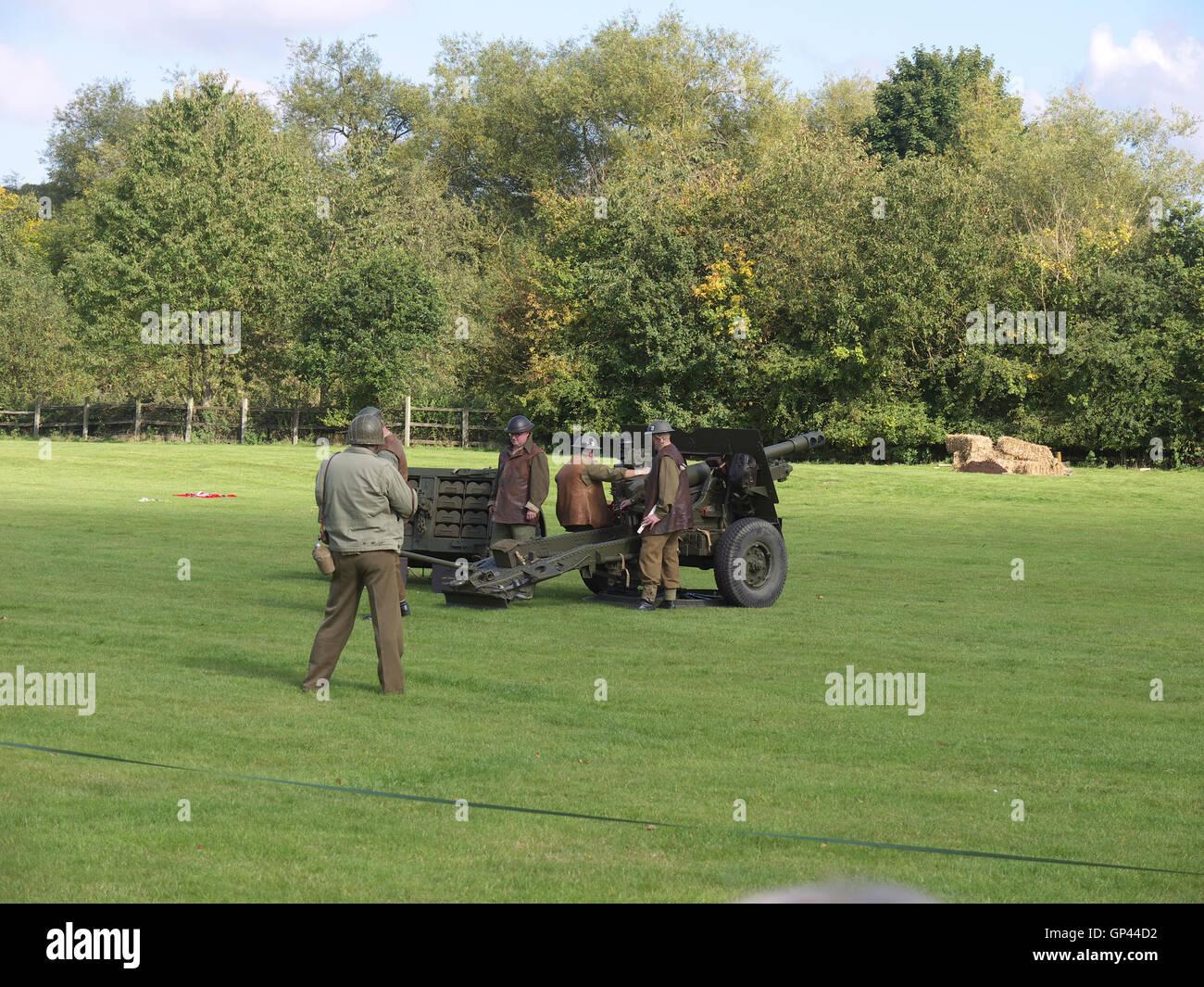 Demonstration of a world war two anti aircraft gun at Rufford Abbey - Stock Image