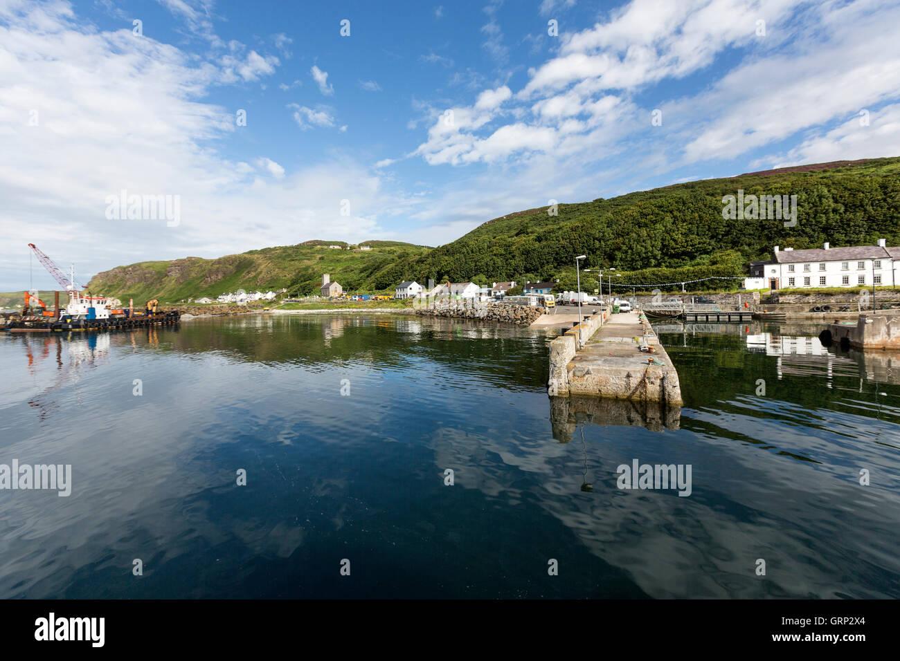 demesne-village-harbour-in-rathlin-islan