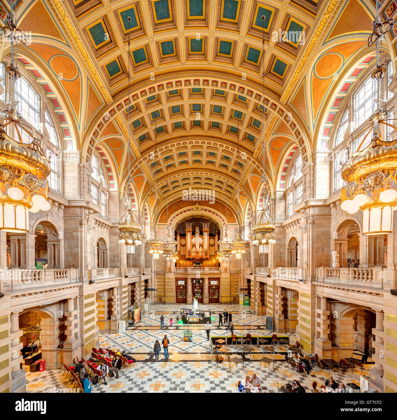 https://c7.alamy.com/comp/GT7CF2/glasgow-kelvingrove-art-gallery-and-museum-interior-central-hall-and-GT7CF2.jpg