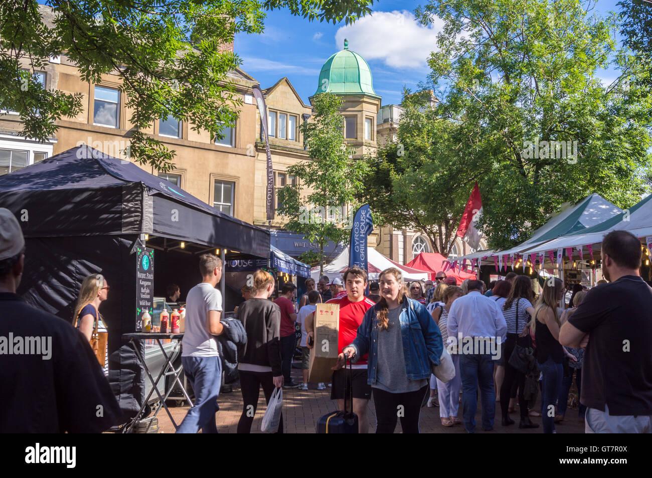market-place-carlisle-cumbria-england-GT7R0X.jpg