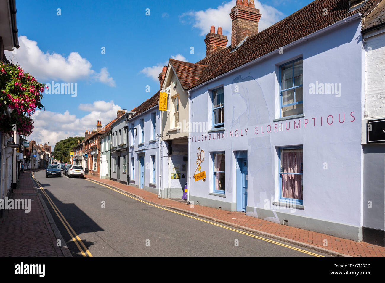 https://c7.alamy.com/comp/GT892C/roald-dahl-museum-great-missenden-buckinghamshire-england-gb-uk-GT892C.jpg