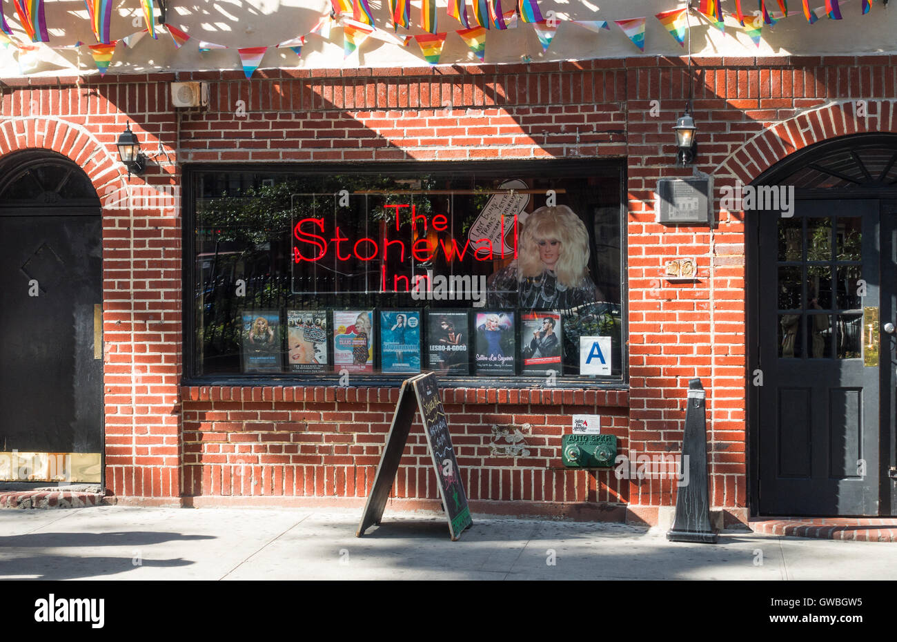 the-stonewall-inn-a-famous-gay-bar-in-gr
