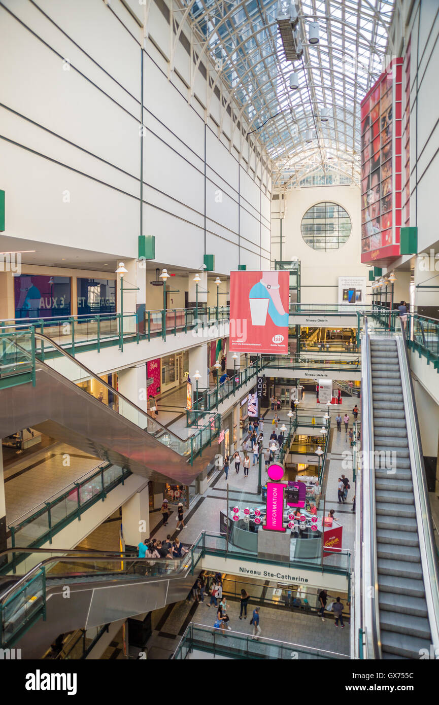 MONTREAL, QC/CANADA - 4th September 2016: People shop at Eaton Center, the main mall in Montreal. - Stock Image