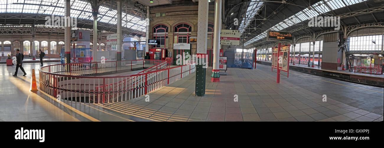 GoTonySmith,@HotpixUK,Tony,Smith,UK,GB,Great,Britain,United,Kingdom,English,British,England,problem,with,problem with,issue with,Buy Pictures of,Buy Images Of,Images of,Stock Images,Tony Smith,United Kingdom,Great Britain,British Isles,Lancashire,Preston,Railway station,wide,wideshot,platform,platforms,transport,intercity,city,Preston city,Virgin Trains,TOC,platforms 3 & 4 island