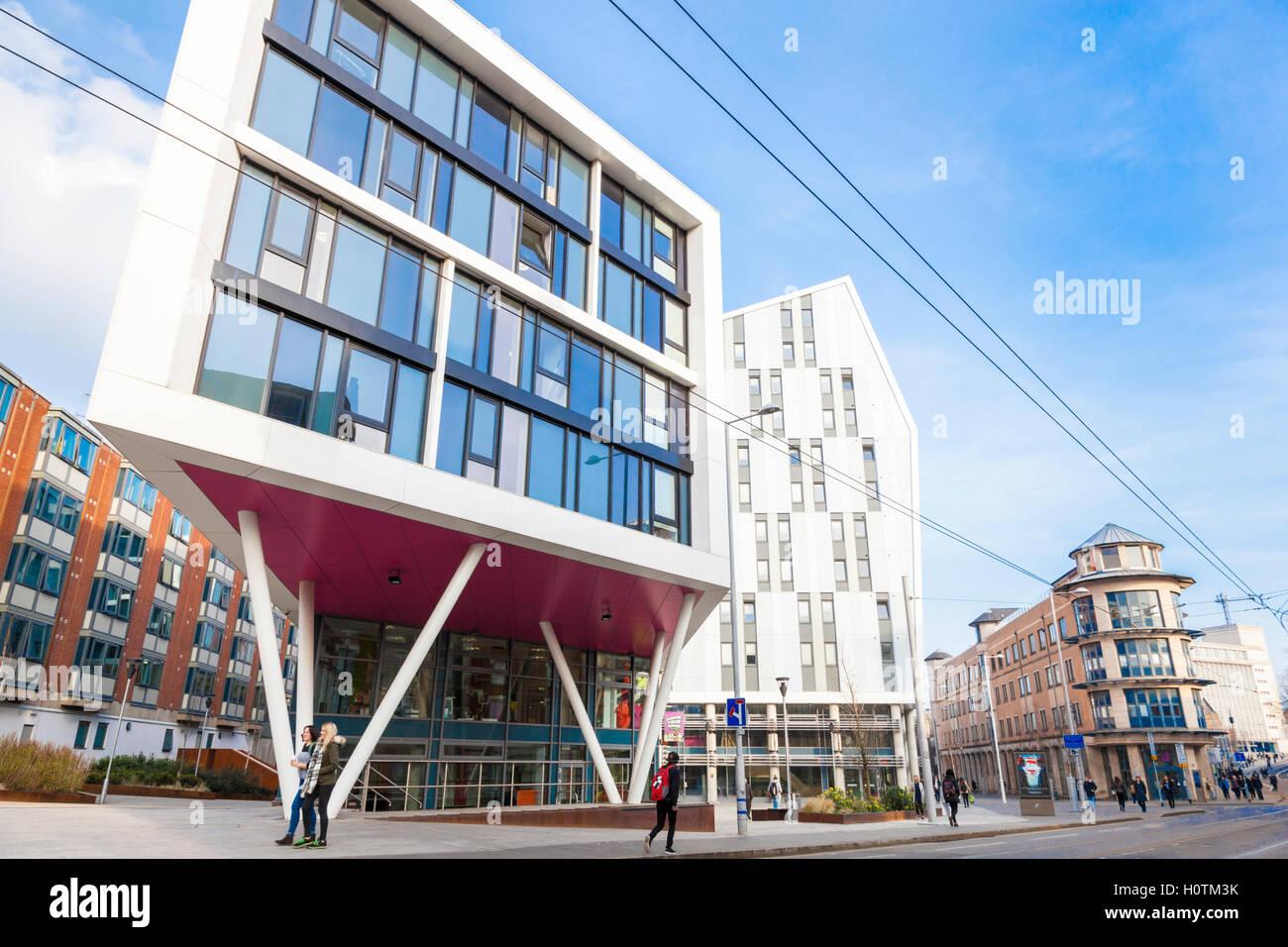 Modern buildings on the City Campus at Nottingham Trent University, Nottingham, England, UK - Stock Image