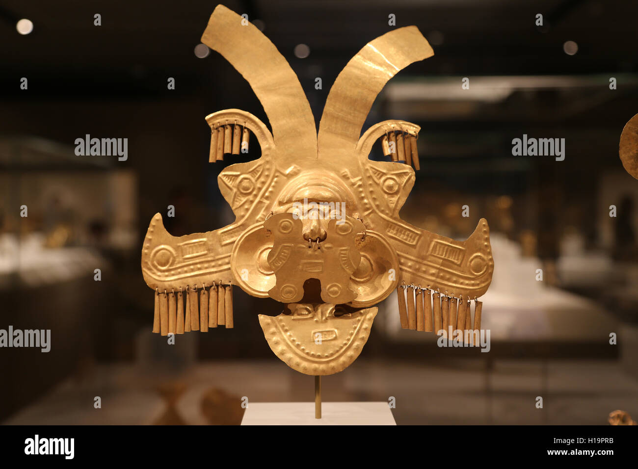 Headdress Ornament. Colombia. Yotoco (Calima), 1st-7th century. Gold. Metropolitan Museum of Art. Ny. Usa. - Stock Image
