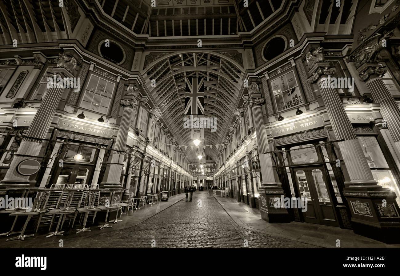 Evening,nightlife,dusk,covered,historic,pano,landmark,tourist,tourism,site,financial,district,area,bank,banking,pedestrian,passageway,passages,vendors,cheesemongers,butchers,florists,bar,pub,bars,pubs,ornate,roof,glass,cobbled,cobbles,attraction,Grade,II,Sir Horace Jones,Tourist Attraction,GoTonySmith,@HotpixUK,Tony,Smith,UK,GB,Great,Britain,United,Kingdom,English,British,England,Black,White,Mono,BW,panorama,union,flag,jack,Buy Pictures of,Buy Images Of,Images of,Stock Images,Tony Smith,United Kingdom,Great Britain,British Isles,UnionJack,Union Jack