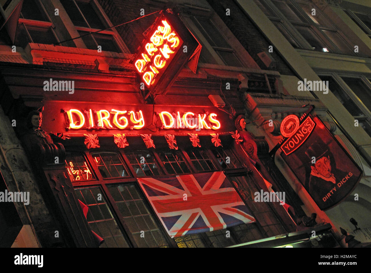 Britain,British,night,sign,Central,Capital,City,Aldgate,east,EC3,bar,boozer,England,English,London,Public,signs,Electric,Tower,hamlets,UK,United Kingdom,Youngs,Brewery,18th,Century,Victorian,historic,travel,tourist,tourism,CAMRA,ale,ales,famous,Liverpool Street,Dirty Dicks,Public House,GoTonySmith,@HotpixUK,Tony,Smith,different,unique,pubs,bars,of,London,classic,tourist,attraction,travel,vacation,Buy Pictures of,Buy Images Of,Images of,Stock Images,Tony Smith,Photo of,Pubs Of London,must see