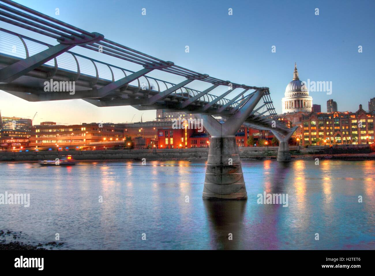 Capital,City,water,reflection,reflections,skyline,pano,blue,dusk,evening,morning,dawn,bridge,bridges,dock,dockside,riverside,side,wide,landscape,south,north,bank,travel,traveller,tourist,thamespanorama,architecture,boats,building,business,business,district,cityscape,lit,River Side,GoTonySmith,@HotpixUK,Tony,Smith,different,unique,Panorama,bridges,crossing,crossings,lights,icon,iconic,sky,line,skyline,walkway,visitor,suspension,Millennium,wobbly,St,Pauls,Cathedral,Buy Pictures of,Buy Images Of,Images of,Stock Images,Tony Smith,Photo of,River Thames,City Of London,River Thames Panorama,London City,Millennium Bridge,St Pauls