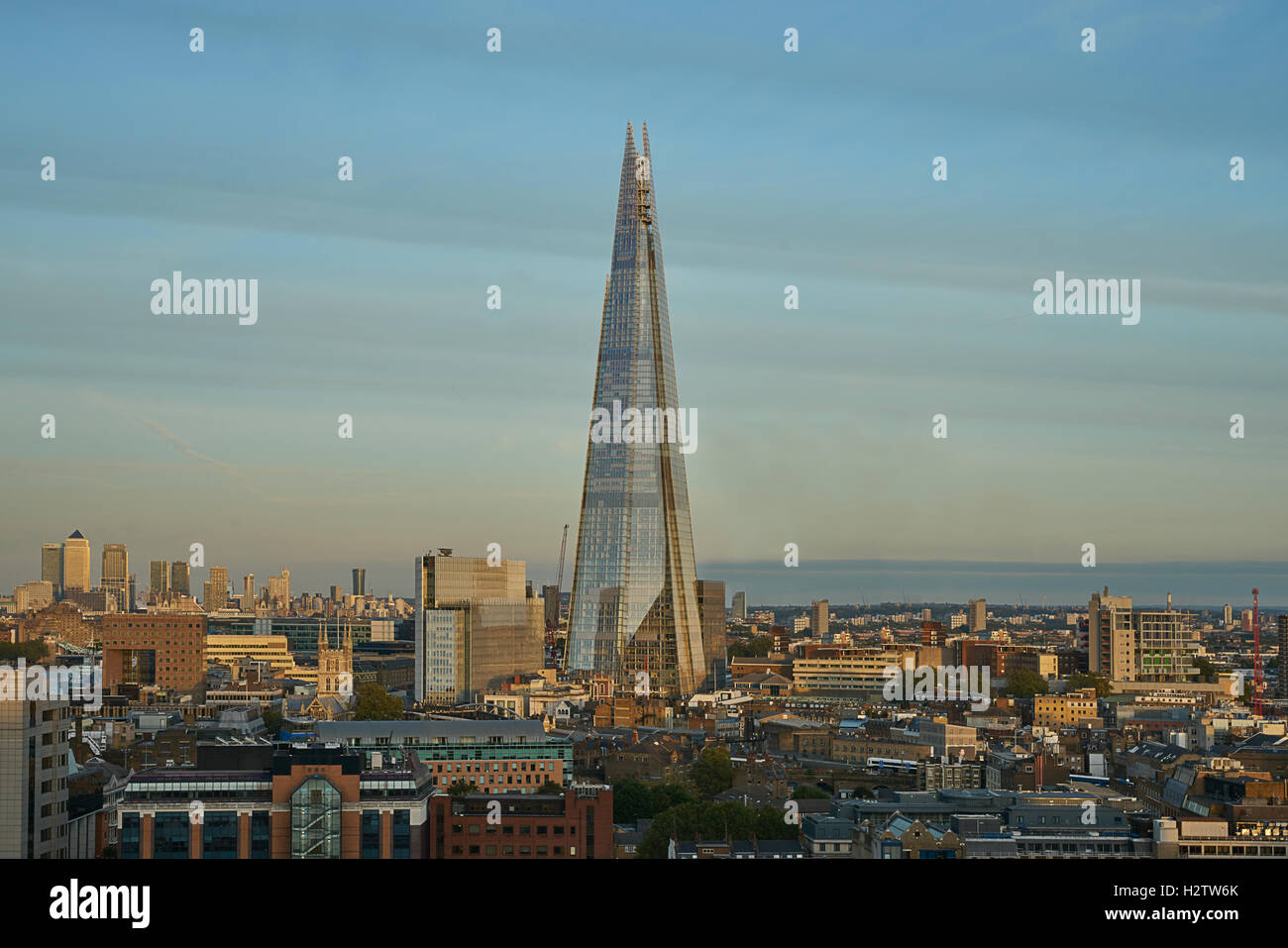 The Shard,  London.   Tall building London. - Stock Image