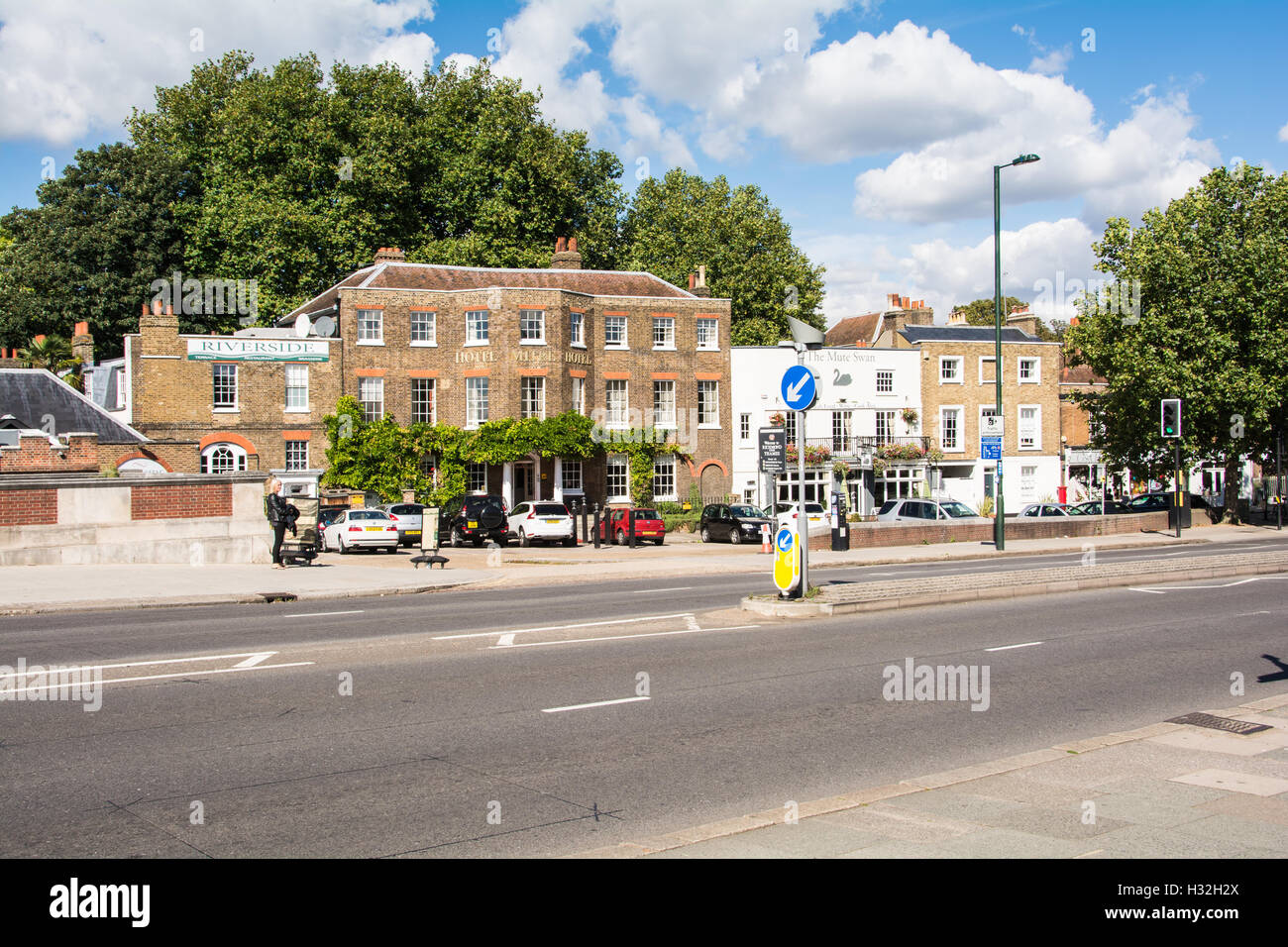 The Mitre Hotel on the River Thames at East Molesey, opposite Hampton Court Palace, Surrey, England, U.K. Stock Photo