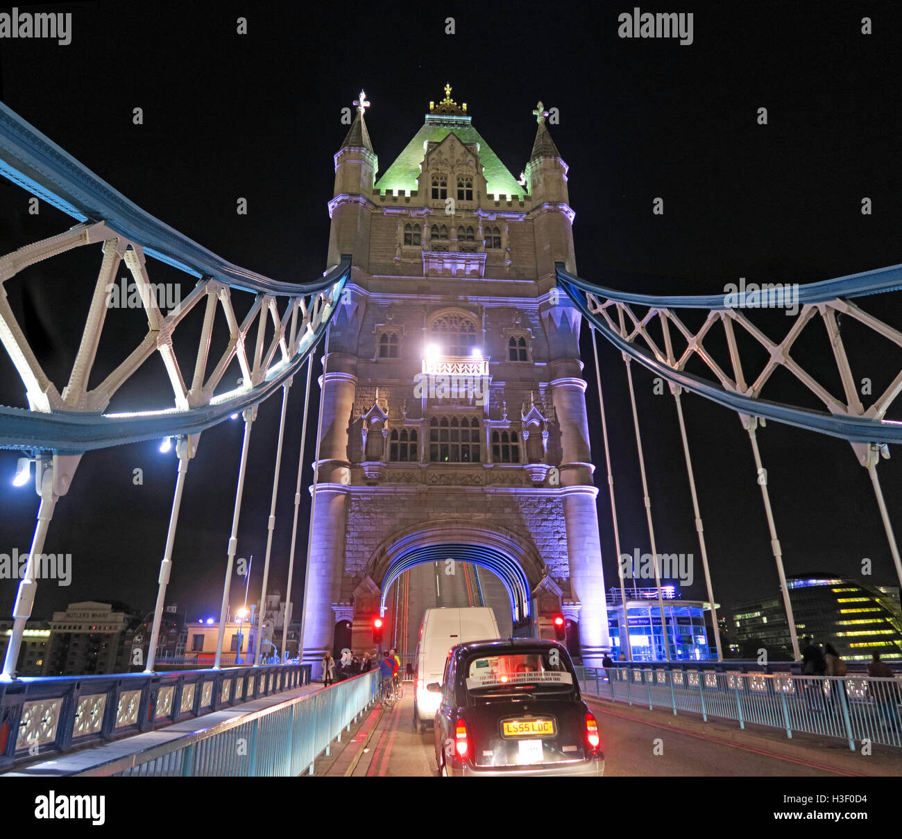 time,nighttime,night,dusk,shot,over,the,Thames,LDN,London,England,with,traditional,black,taxi,cab,cabby,delay,delayed,repair,transport,history,historic,diversion,restriction,A100,disruption,Capital,City,raise,Tower Bridge,Night repairs,traffic jam,over the Thames,Congestion Charge zone,GoTonySmith,@HotpixUK,Tony,Smith,different,unique,TFL,planning,major,essential,maintenance,works,2016,2017,travel,icon,iconic,Congestion,Charge,zone,raised,open,opened,delay,delays,delayed.late,later,Buy Pictures of,Buy Images Of,Images of,Stock Images,Tony Smith,Photo of,Tower Bridge closure,Tower Bridge Road,Temporary restrictions