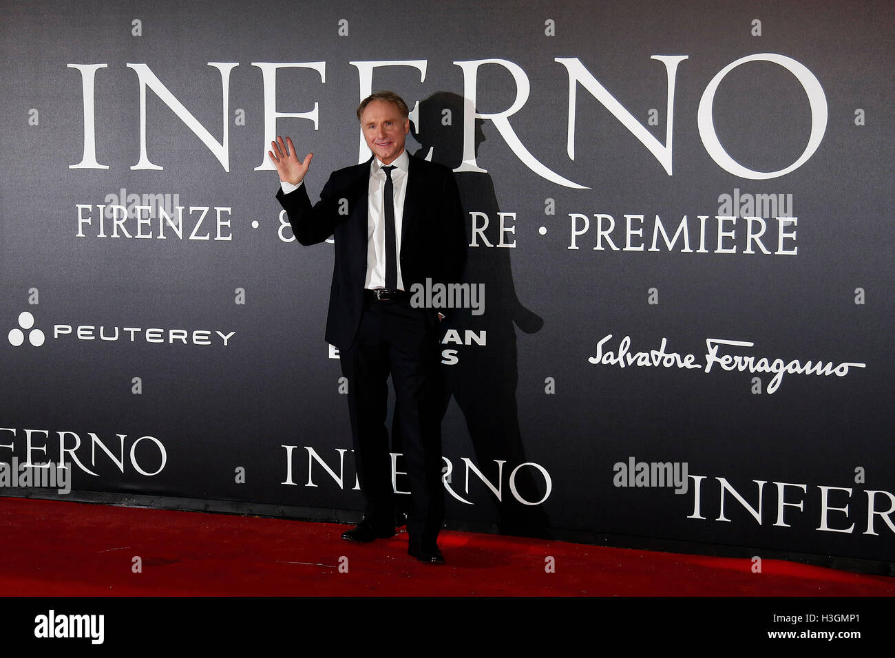 Florence, Italy. 8th October, 2016. Dan Brown Florence 8th October 2016. 'Inferno' World Premiere. Foto - Stock Image