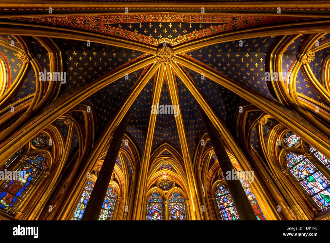 Rayonnant Gothic vaulted ceiling of lower chapel of Sainte Chapelle, Ile de la Cite, Paris, France - Stock Image