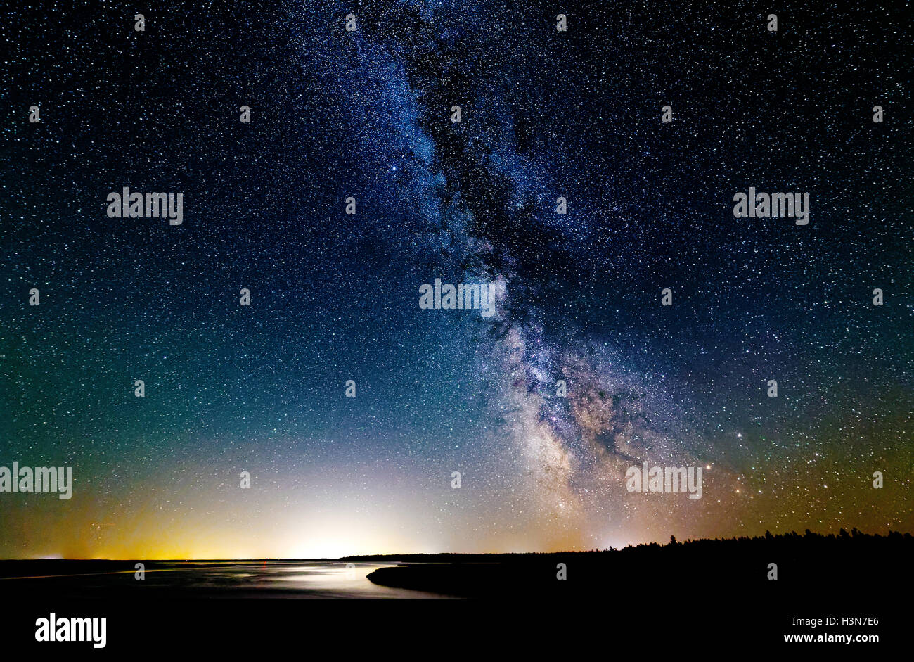 the-milky-way-in-dark-skies-in-kouchibouguac-national-park-in-new-H3N7E6.jpg
