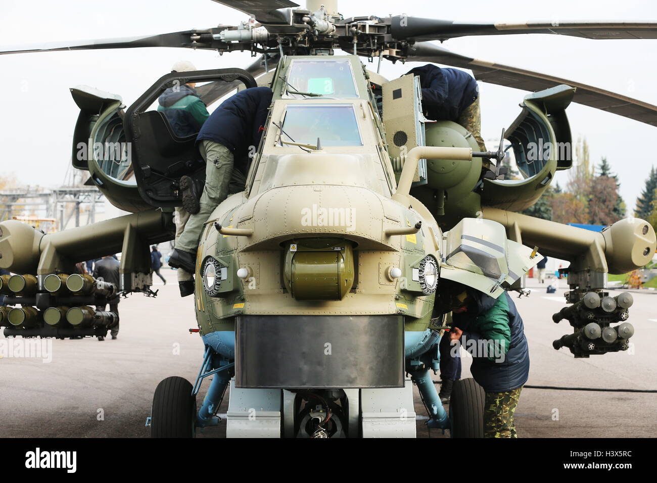 Moscow Region, Russia. 12th Oct, 2016. The first upgraded Mil Mi-28N attack helicopter prepares to perform a test Stock Photo