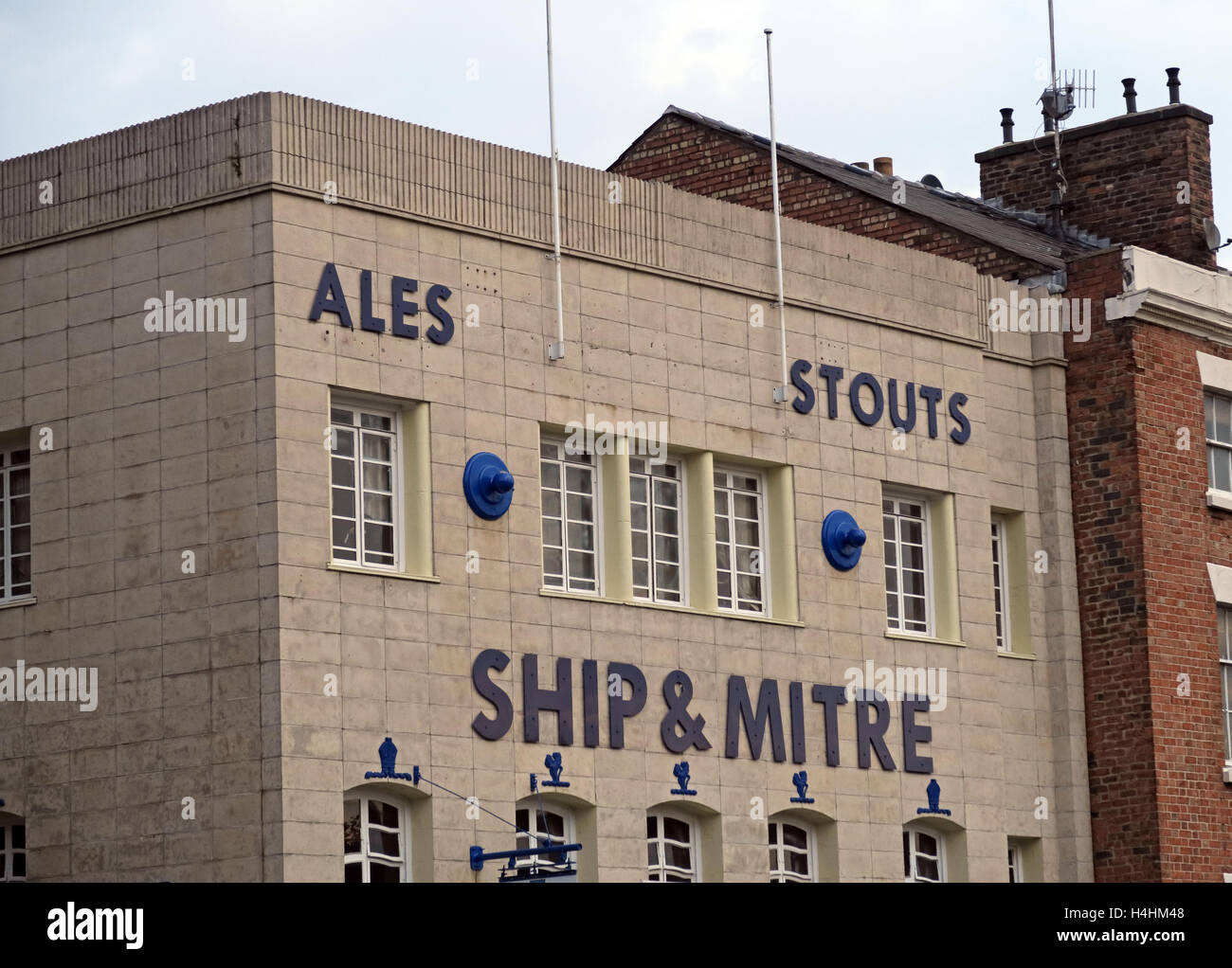 CAMRA,ale,beer,drinks,drinking,art,deco,Art-Deco,brewhouse,brew,house,craft,craftale,flagship,CAMRA,Dale,St,Street,M2,landmark,tourist,tourism,boozer,building,architecture,Liverpool Pubs,Ship & Mitre,Ship and Mitre,GoTonySmith,@HotpixUK,Tony,Smith,UK,GB,Great,Britain,United,Kingdom,English,British,England,Buy Pictures of,Buy Images Of,Images of,Stock Images,Tony Smith,United Kingdom,Great Britain,British Isles
