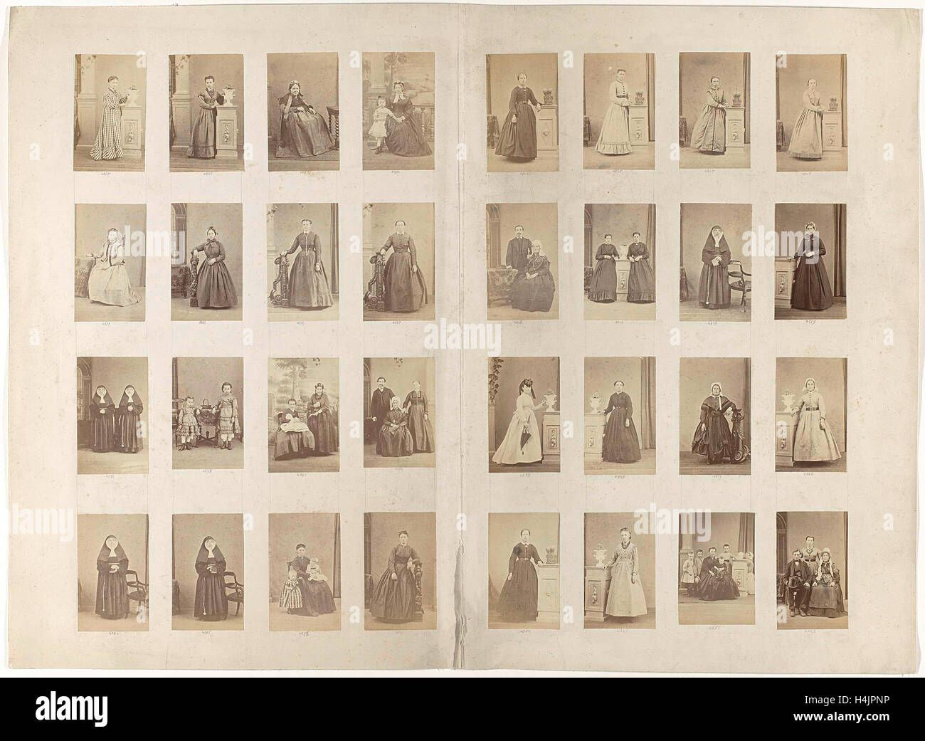 Journal 32 Cartes De Visite Of Inventory From An Unknown Portrait Photographer Anonymous C 1860