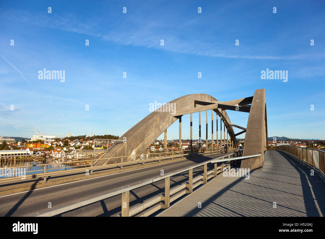 The bridge connecting islands the Grasholmen with the Solyst in Stavanger, Norway. - Stock Image