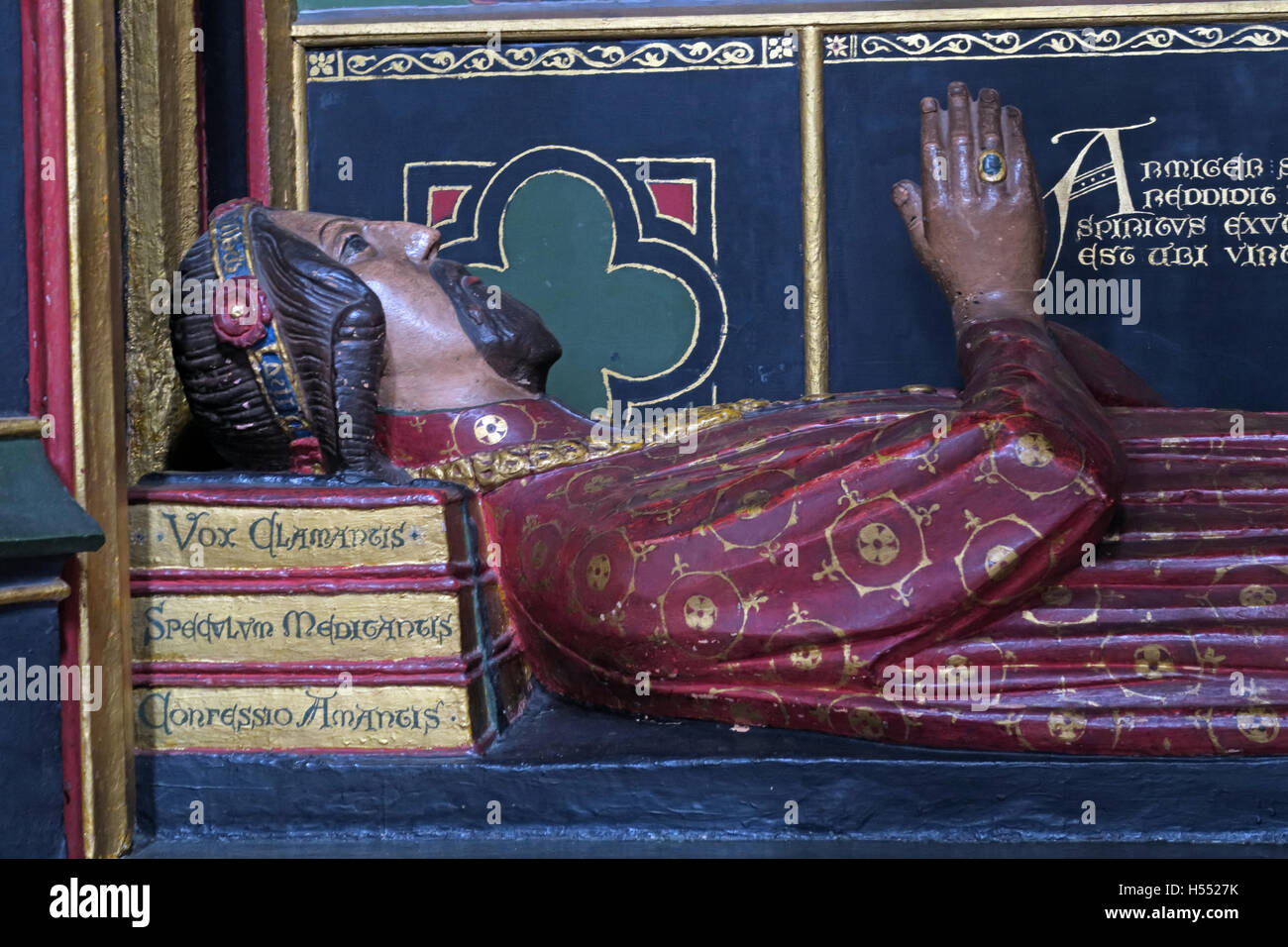 England,UK,religion,religious,crhistian,memorial,in,memoriam,decorative,poet,Chaucer,history,historic,tourist,site,tourism,Church,John Gower,John Gower Tomb,Southwark cathedral,Mirour de lOmme,Vox Clamantis,Confessio Amantis,Cathedral Church,GoTonySmith,@HotpixUK,Tony,Smith,UK,GB,Great,Britain,United,Kingdom,English,British,England,Buy Pictures of,Buy Images Of,Images of,Stock Images,Tony Smith,United Kingdom,Great Britain,British Isles