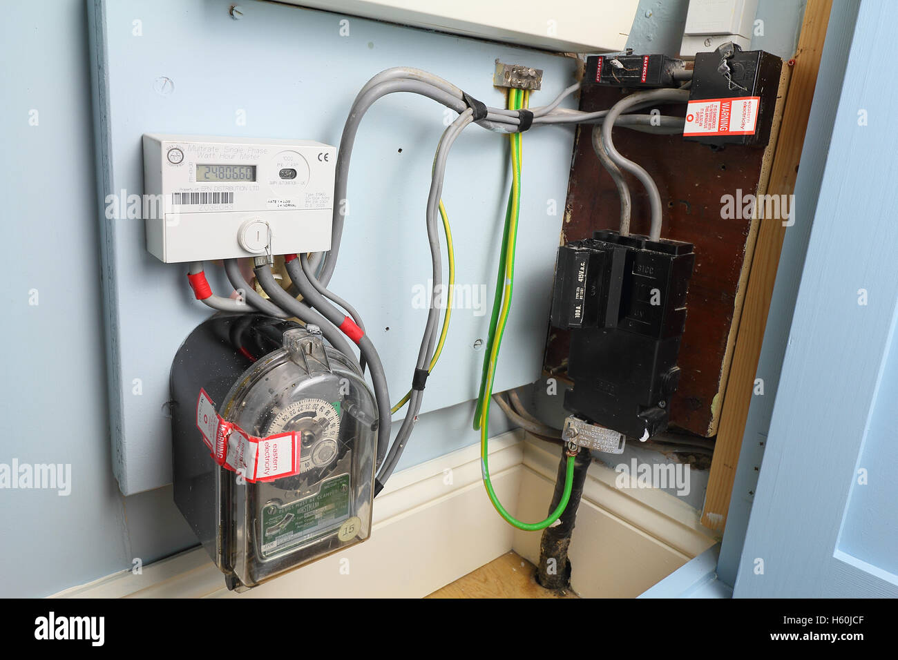 Domestic House Meter Box Wiring Electrical Diagrams Diagram On Electric For A Also Cover Diy Enthusiasts U2022 Socket Installation