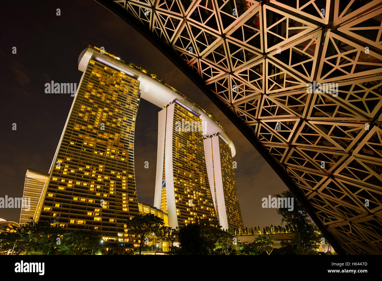 View of the Marina Bay Sands at Night, Gardens by the Bay, Singapore ...