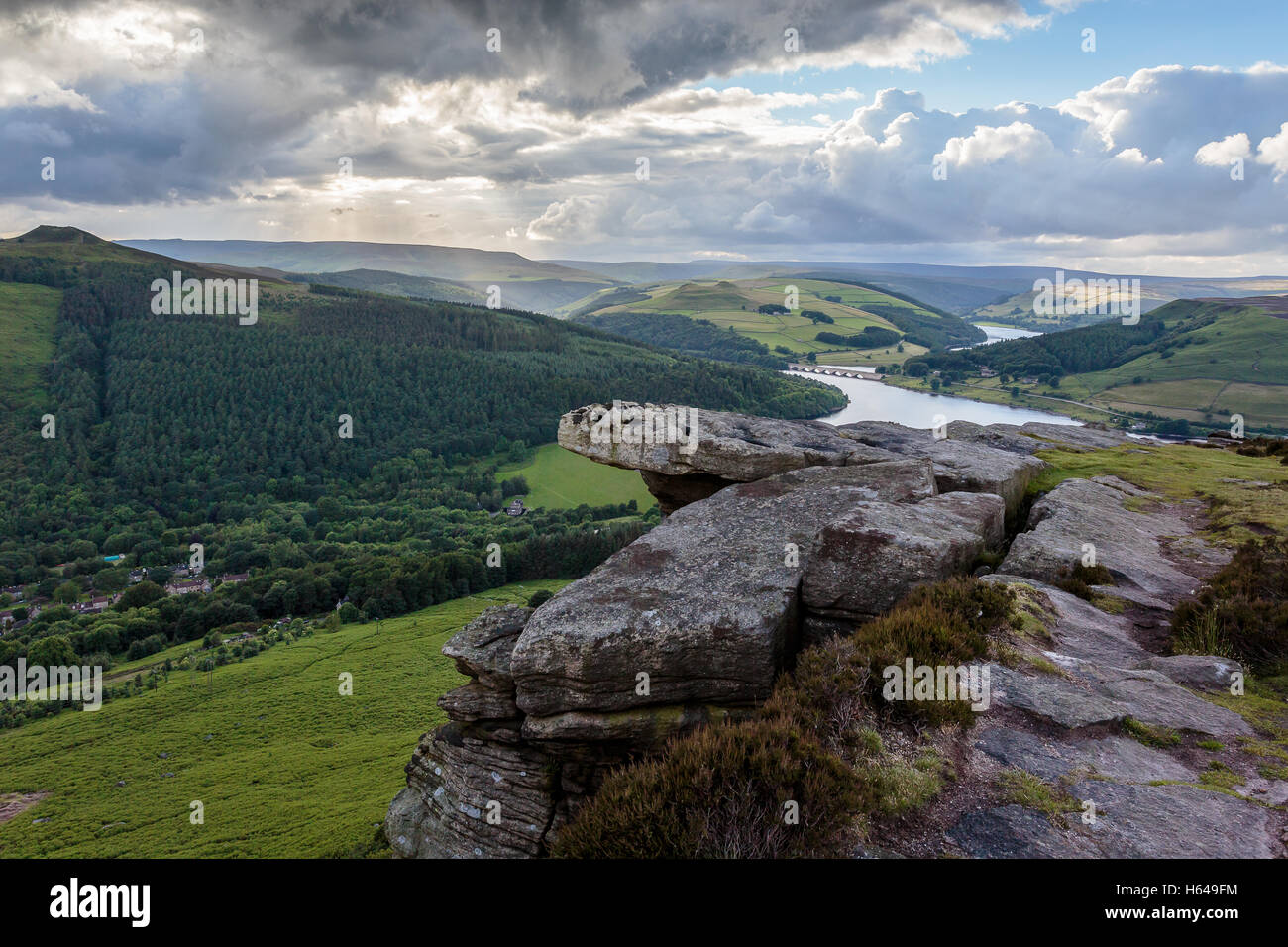 Calm after a storm on Bamford Edge with Ladybower and Derwent dams in the distance - Stock Image