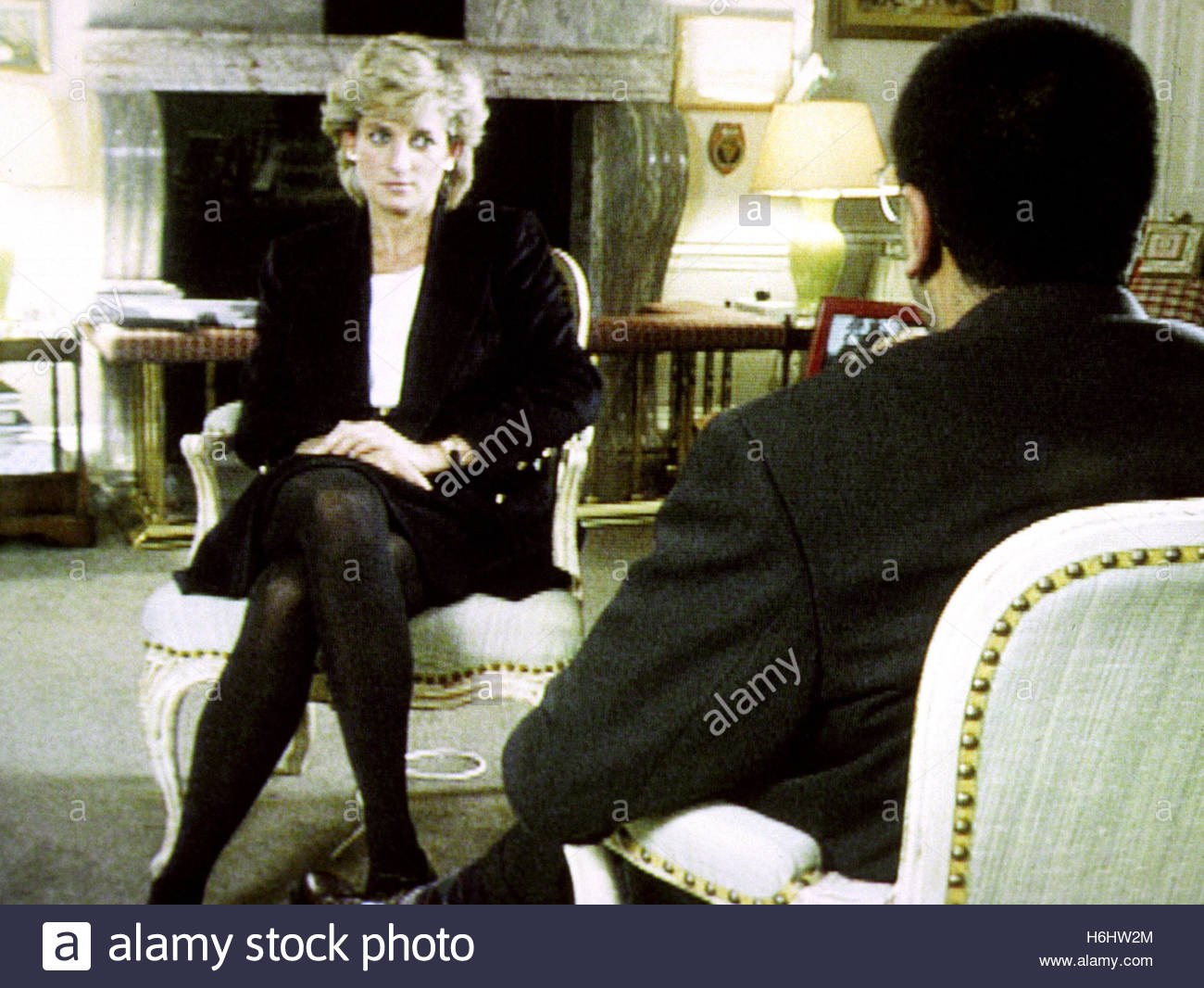Embargoed to 0001 Monday October 31 File photo dated 20/11/95 of Diana, Princess of Wales, during her interview Stock Photo