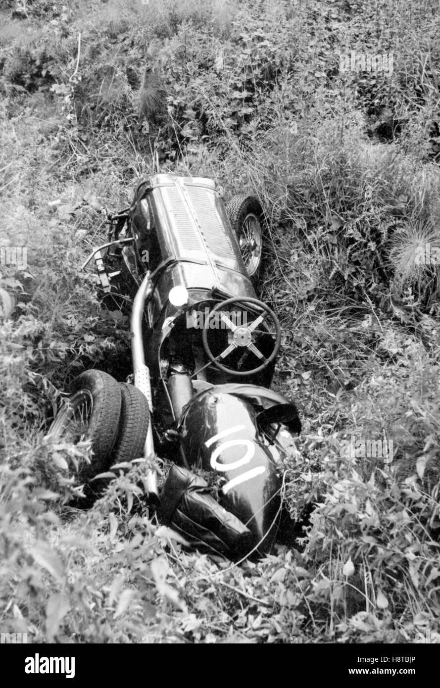 prescott-crashed-era-twin-rear-wheels-H8