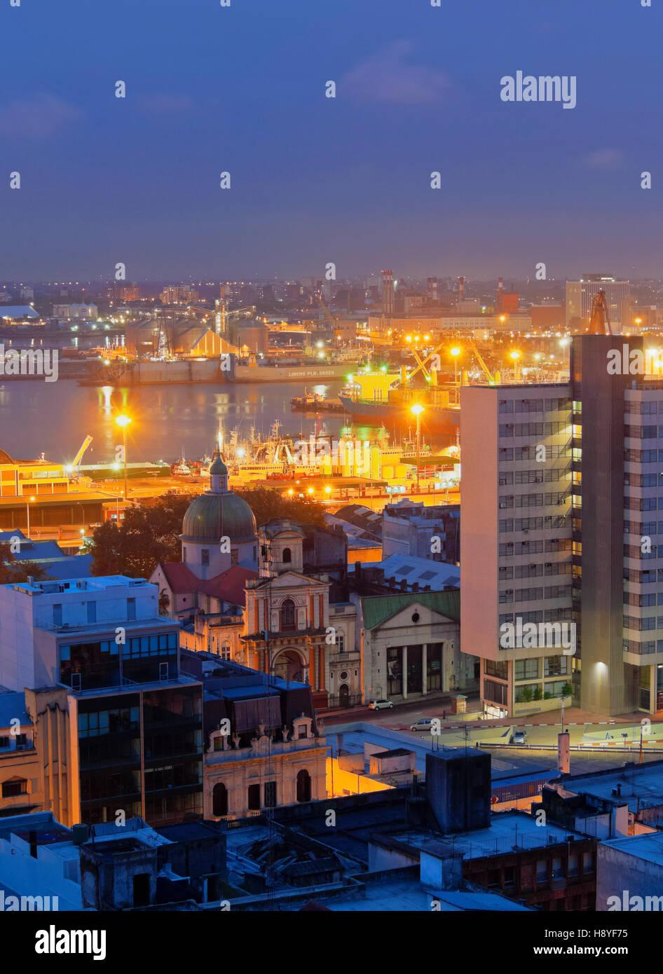 Uruguay, Montevideo, Twilight view towards the harbour. - Stock Image