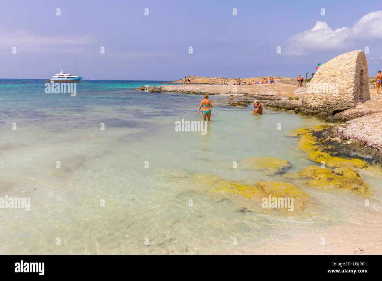 playa de ses illetes balearic islands