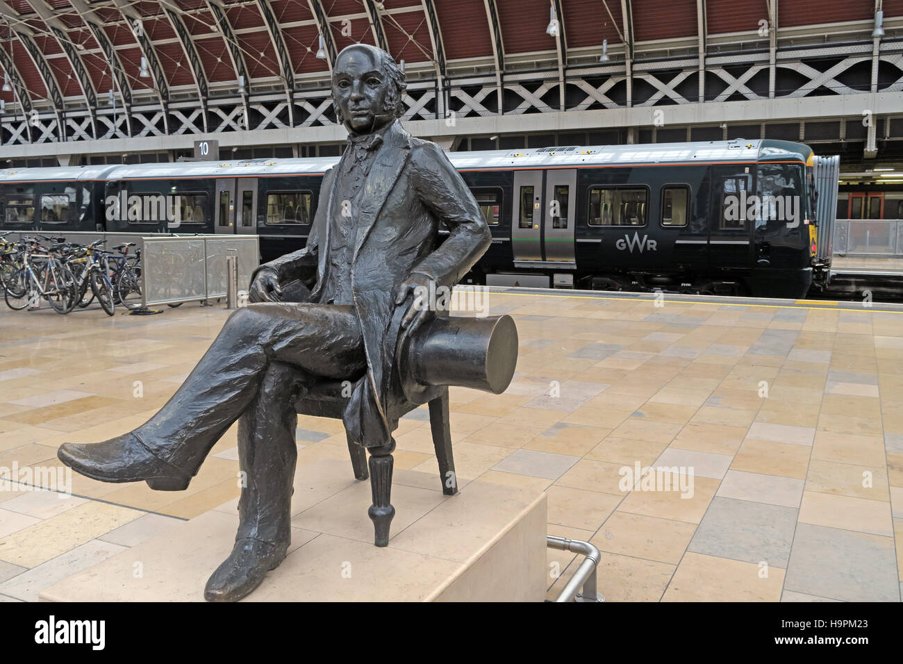 art,Great,Western,railway,station,rail,pioneer,history,historic,new,First,TOC,operating,company,artwork,platform,travel,traveller,communication,Paddington Station,Paddington Railway Station,First Group,First Great Western,train operating company,GoTonySmith,@HotpixUK,Tony,Smith,UK,GB,Great,Britain,United,Kingdom,English,British,England,Buy Pictures of,Buy Images Of,Images of,Stock Images,Tony Smith,United Kingdom,Great Britain,British Isles