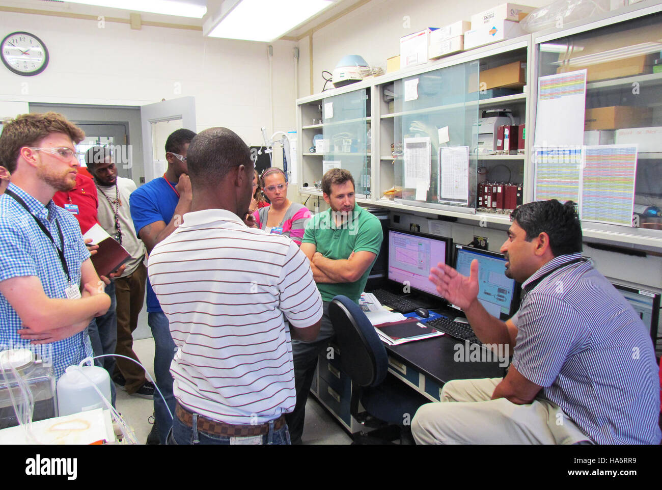losalamosnatlab 21418110124 Scientists teach short course on fuel cells - Stock Image