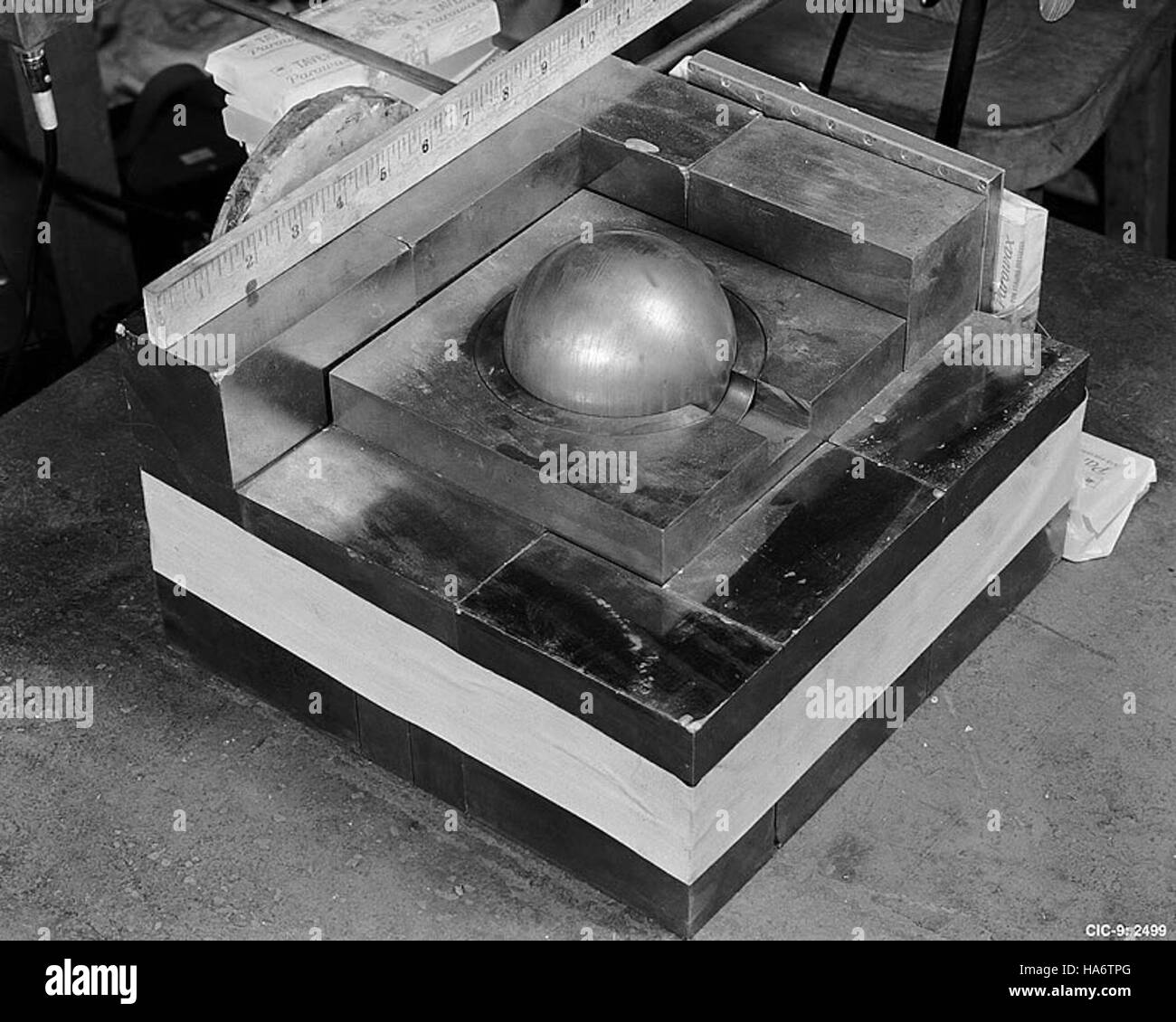 losalamosnatlab 7597464832 Daghlian accident mockup Stock Photo
