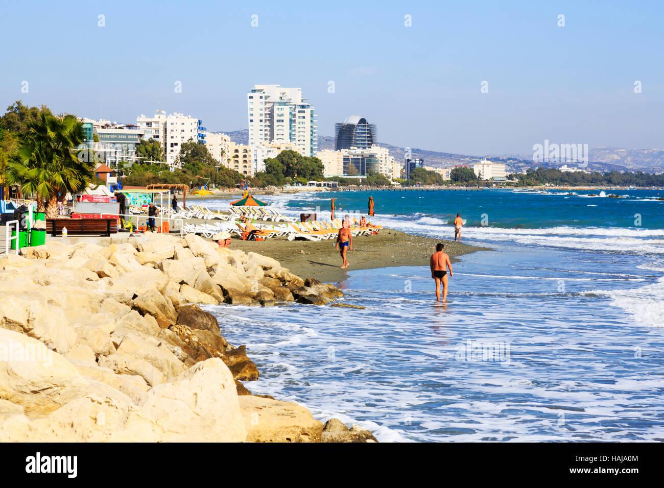 limassol-beach-cyprus-HAJA0M.jpg