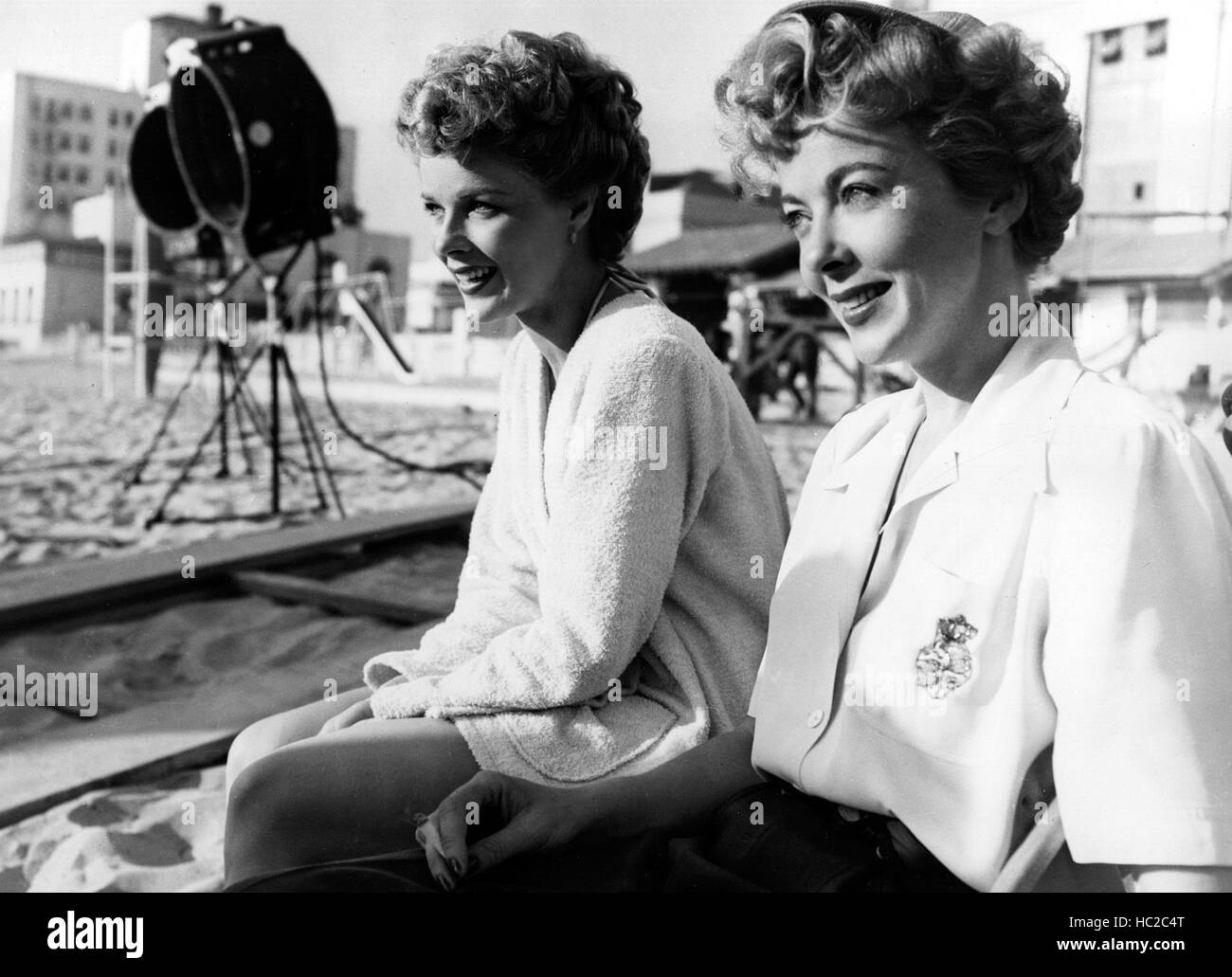 NEVER FEAR, Sally Forrest, Ida Lupino, 1950, director on the set Stock Photo