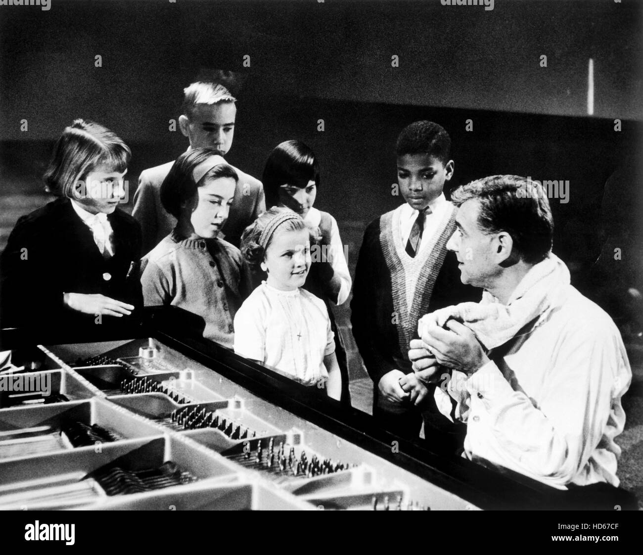 YOUNG PEOPLE'S CONCERTS, Leonard Bernstein (right), (aired Jan. 28, 1965), 1958-71 Stock Photo