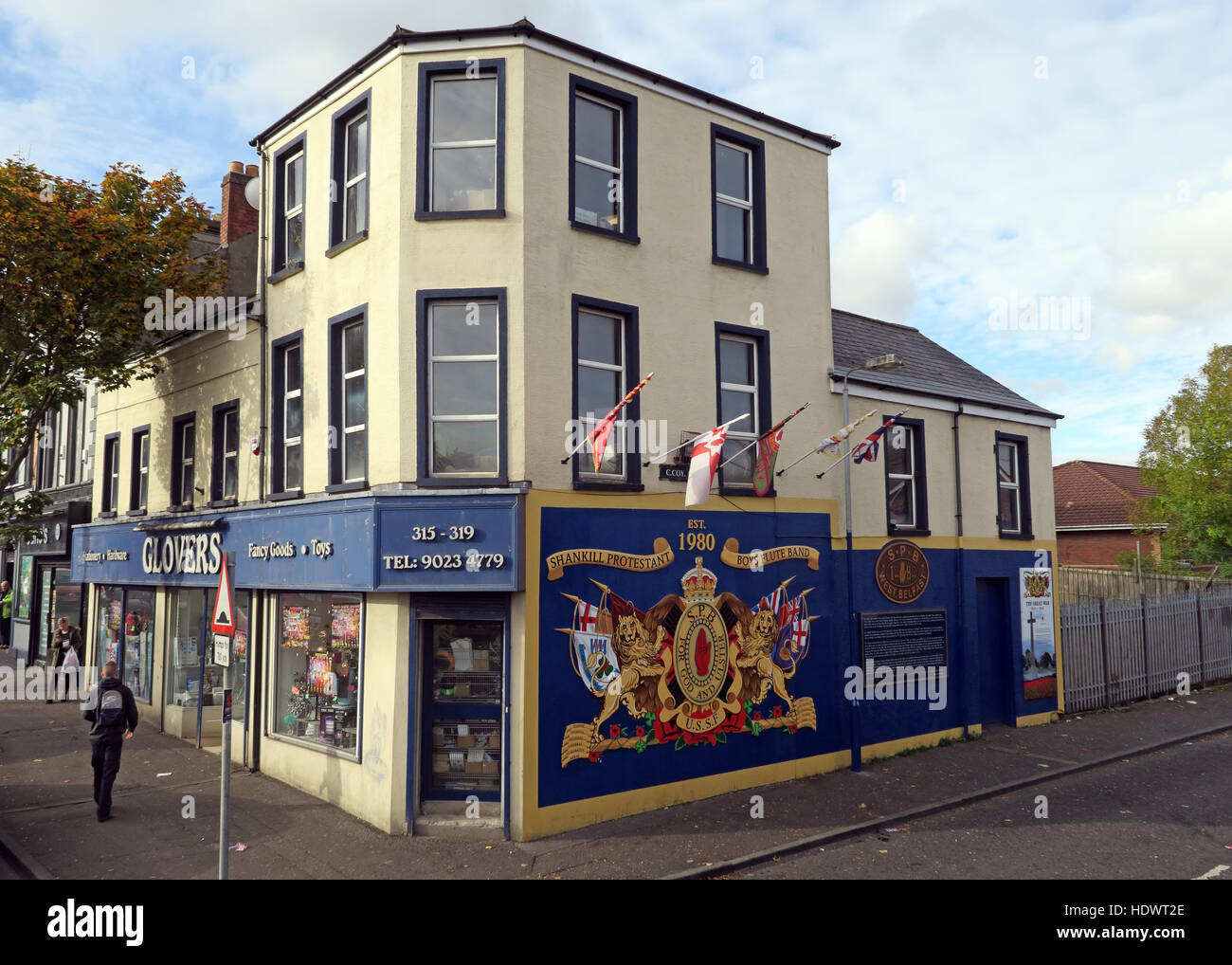 Red hand,Ulster,memorial,UFF,Unionist,mural,off,Shankill,rd,Road,West Belfast,Northern Ireland,UK,Ireland,fighter,fighting,gable,end,Longkesh,USSF,gable end,Shankill Protestant Boys,GoTonySmith,@HotpixUK,Tony,Smith,UK,GB,Great,Britain,United,Kingdom,Irish,British,Ireland,problem,with,problem with,issue with,NI,Northern,Northern Ireland,Belfast,City,Centre,Art,Artists,the,troubles,The Troubles,Good Friday Agreement,Peace,honour,painting,wall,walls,tribute,Unionist,unionism,Protestant,community,Fight,Justice,West,Beal,feirste,martyrs,social,tour,tourism,tourists,urban,six,counties,6,backdrop,county,Antrim,UVF,DUP,British,GB,Empire,Buy Pictures of,Buy Images Of,Images of,Stock Images,Tony Smith,United Kingdom,Great Britain,British Isles,Belfast protestant community,Peoples army